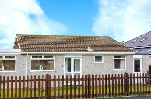 Big Cottages - Inviting Fairbourne Rental S6239