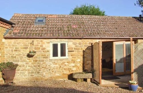 Last Minute Cottages - Inviting Market Harborough Cottage S2814