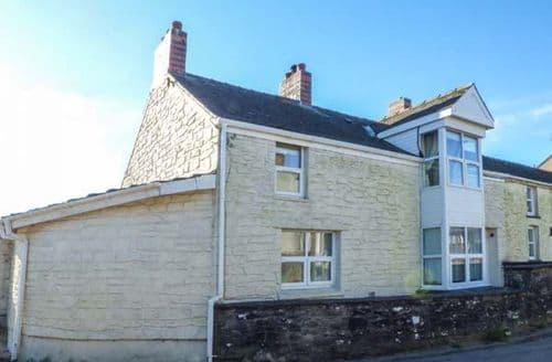 Big Cottages - Luxury Llansaint Cottage S60914