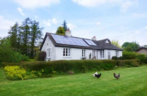 Last Minute Cottages - Lovely Bucknell Cottage S58117