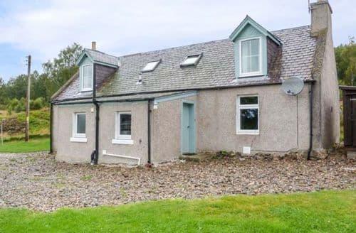 Big Cottages - Inviting Carrbridge Cottage S70593