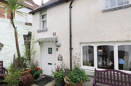 Last Minute Cottages - Lovely Gardenstown Rental S25998