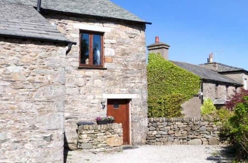 Last Minute Cottages - Charming Cartmel Byre S4550