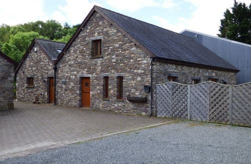 Big Cottages - Cosy Abergavenny Barn S6486