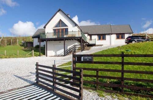 Last Minute Cottages - Stunning Elgol Cottage S12482