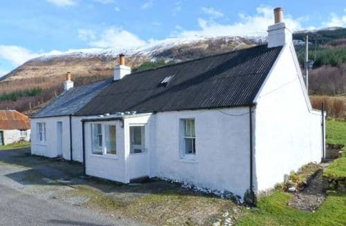 Last Minute Cottages - Achnafalnich