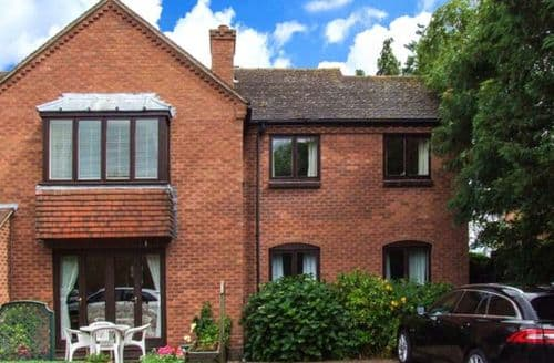 Last Minute Cottages - Gorgeous Stratford On Avon Apartment S6829
