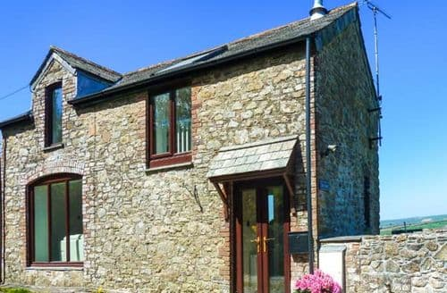 Last Minute Cottages - Superb Chilsworthy, Tamar Valley Cottage S37334
