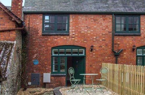 Last Minute Cottages - Captivating Bishops Castle Rental S25462