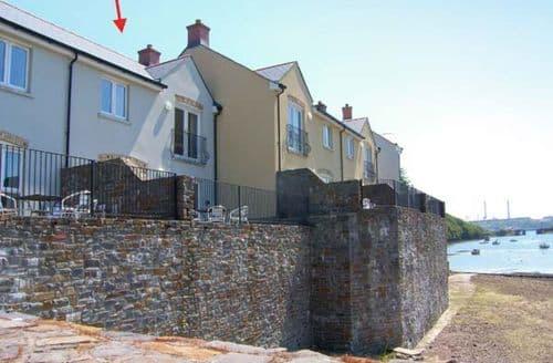 Last Minute Cottages - Quaint Blackbridge Cottage S9038