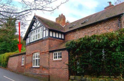 Last Minute Cottages - Cosy Frodsham Rental S13422
