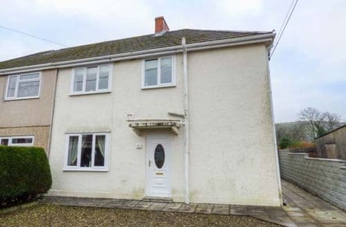 Last Minute Cottages - Tasteful Cwmllynfell Cottage S77225
