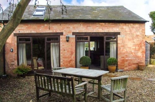 Last Minute Cottages - Tasteful Alderminster Rental S13170