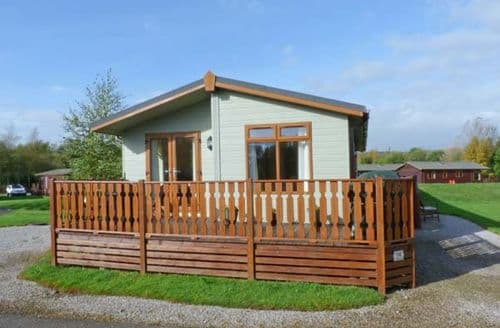 Last Minute Cottages - Beautiful Character Cabin