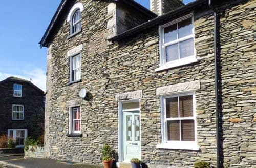 Last Minute Cottages - Gorgeous Bowness & Windermere Rental S25969