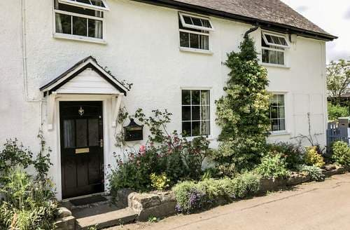 Last Minute Cottages - Luxury Clun Cottage S27048