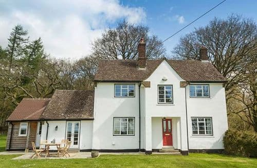 Last Minute Cottages - Splendid Wiltshire Cottage S44146