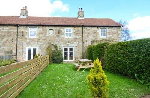 Big Cottages - Tasteful Lowick Cottage S46225