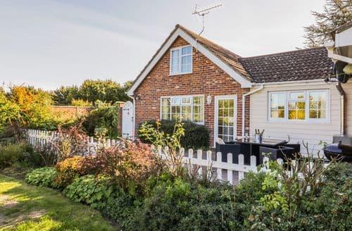 Last Minute Cottages - Superb Colchester Cottage S40364