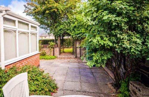 Big Cottages - Gorgeous Penrhyndeudraeth Rental S25005