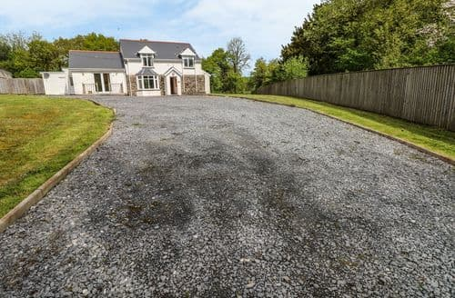 Big Cottages - Inviting Kidwelly Rental S25429