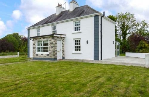 Big Cottages - Luxury Milltown, County Galway Cottage S37168