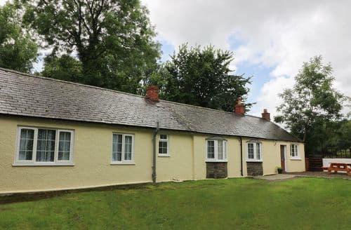 Last Minute Cottages - Stunning  Cottage S84470