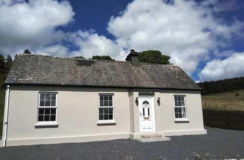 Last Minute Cottages - Adorable Boyle Cottage S84361