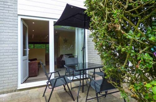 Last Minute Cottages - Beautiful White Cross Cottage S37933