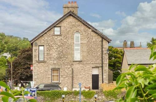 Big Cottages - Charming Grange Over Sands Apartment S37269