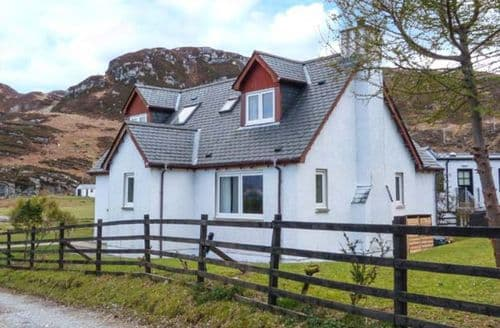 Big Cottages - Tasteful Glenuig Cottage S37595