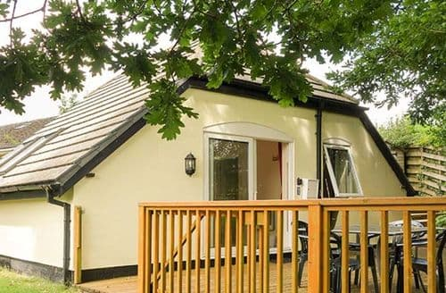 Last Minute Cottages - Lakeview