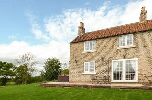 Last Minute Cottages - Attractive Bubwith Cottage S27103