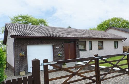 Last Minute Cottages - Captivating Lanark Cottage S76830