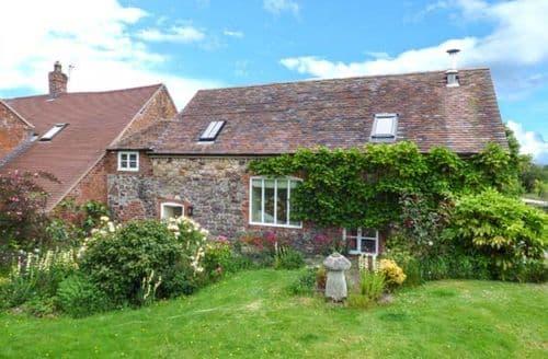 Last Minute Cottages - Charming Dorrington Cottage S37266