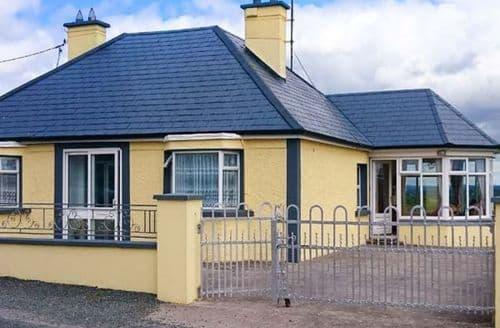 Big Cottages - Wonderful Longford Cottage S37182