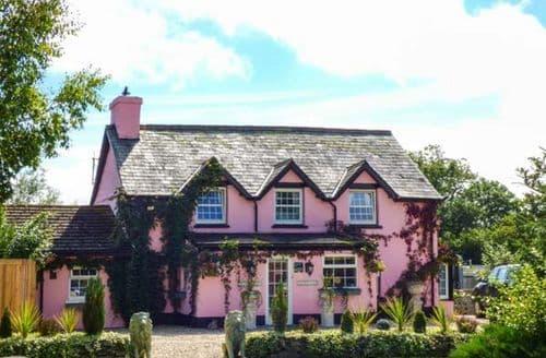 Last Minute Cottages - Beautiful Gwystre Cottage S39334