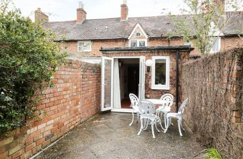 Last Minute Cottages - Cosy Stratford Upon Avon Cottage S39609