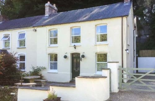 Last Minute Cottages - Quaint Cilgerran Cottage S44334