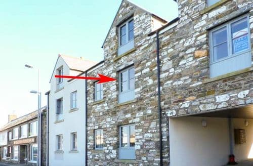 Last Minute Cottages - Attractive Isle Of Whithorn Apartment S43073