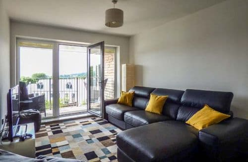 Last Minute Cottages - Delightful Charlestown Apartment S59114