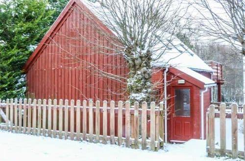 Big Cottages - Wonderful Aviemore Lodge S44233