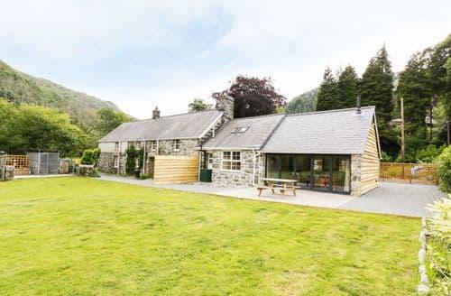 Big Cottages - Delightful Llanelltyd Cottage S82782