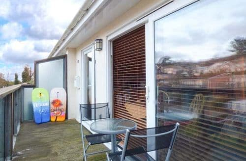 Last Minute Cottages - Delightful Downderry Apartment S44430