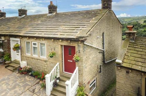 Big Cottages - Stunning Golcar Cottage S57523