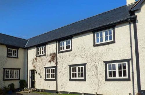 Big Cottages - Charming Tremeirchion Cottage S49871