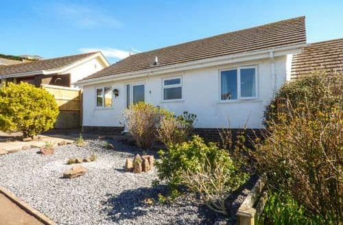 Last Minute Cottages - Delightful Penally Cottage S50132