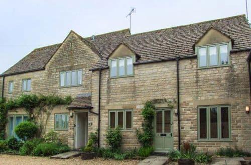 Last Minute Cottages - Inviting Bibury Cottage S57370