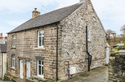 Dog Friendly Cottages - Charming Stoney Middleton Cottage S88816