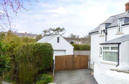 Big Cottages - Lovely St. Ishmael's Cottage S50282